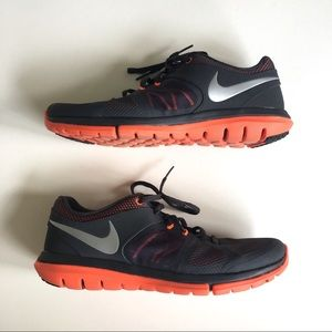 Men's Nike Flex Running shoes sz 10